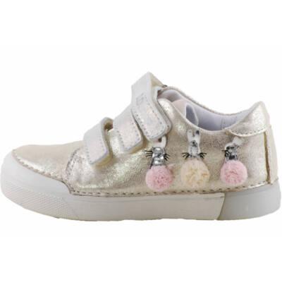 Pezsgő, rózsaszín nyuszis, dd step cipő
