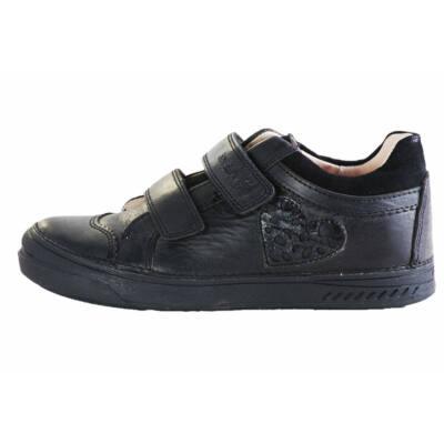 D.D.Step fekete oldalt szivecskés átmeneti cipő