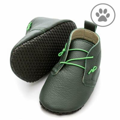 Zöld, neon gumifűzős, talpán tapadókorongos, Liliputi, puhatalpú cipő (S)