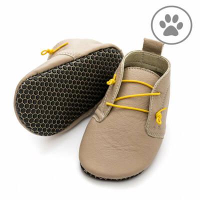 Krém-sárga gumifűzős, talpán tapadókorongos, Liliputi, puhatalpú cipő (S)