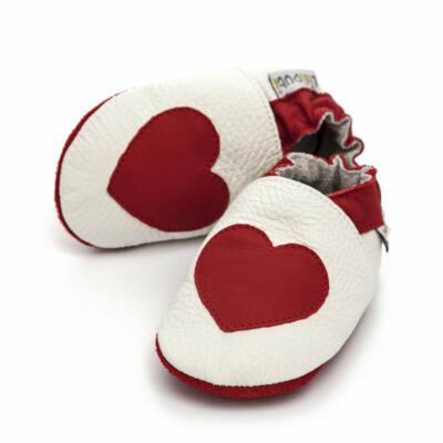 Liliputi fehér, piros szivecskés, bőr puhatalpú cipő
