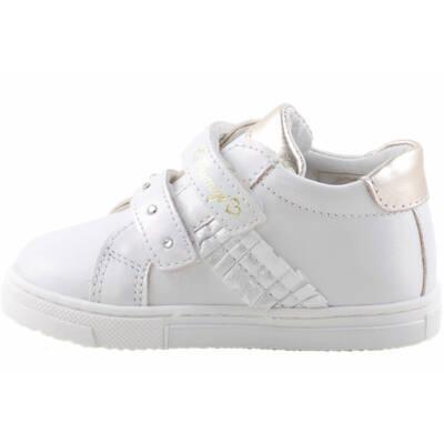Ezüst-gyöngyház, lányka Primigi cipő