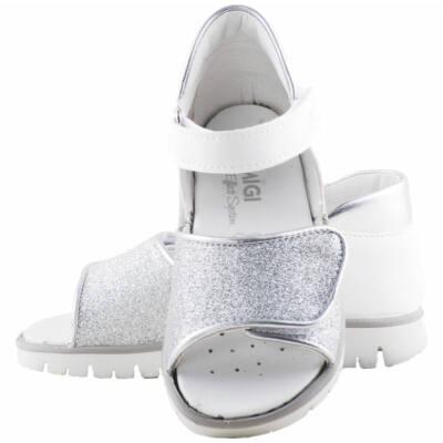 Fehér-ezüst, lábszélessére állítható, Primigi szandál