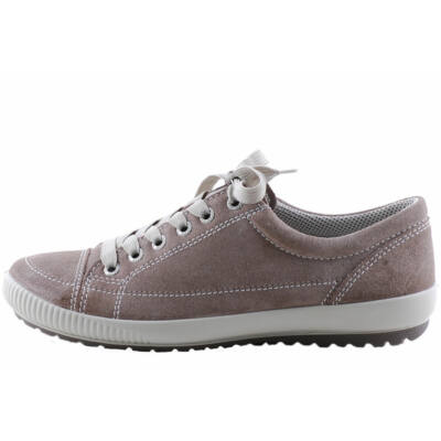 Szürkésbarna, Legero cipő